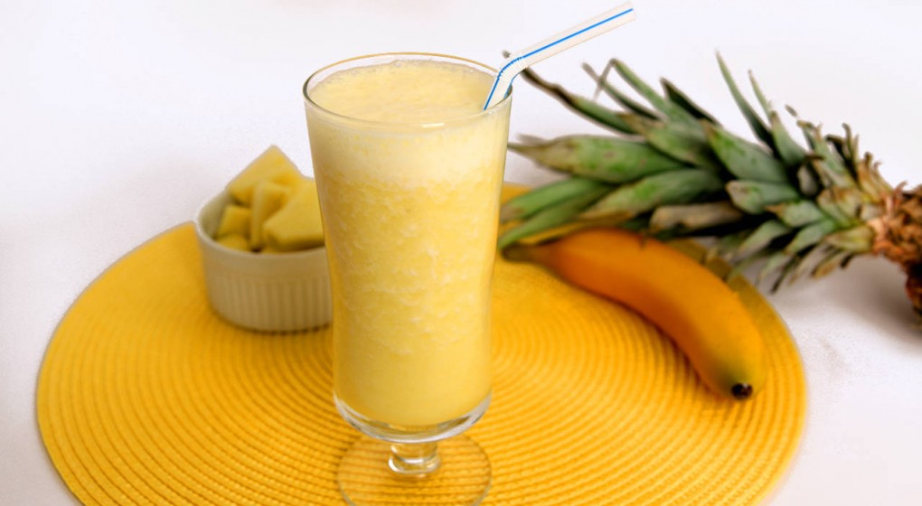 Pineapple Smoothie Against Cellulite And Cancer