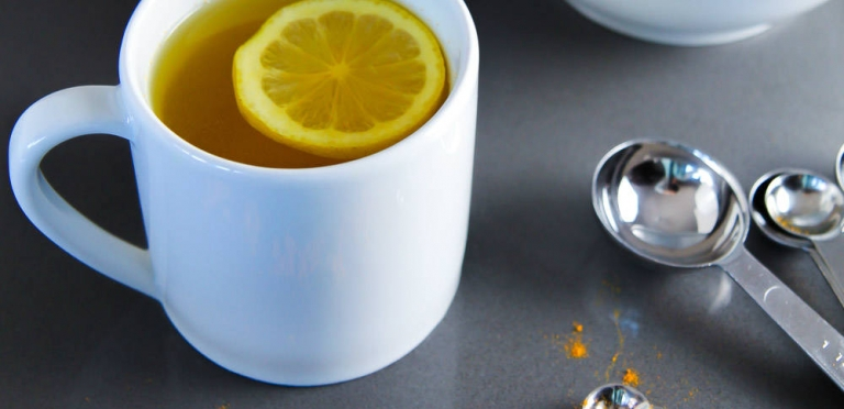 Hot Water Lemon and Turmeric