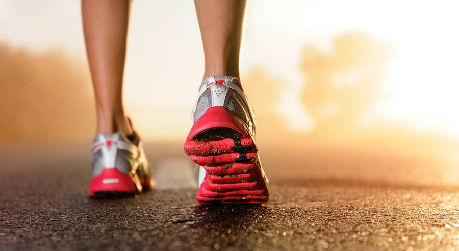 Here's Why Walking is Better than Running for Weight Loss
