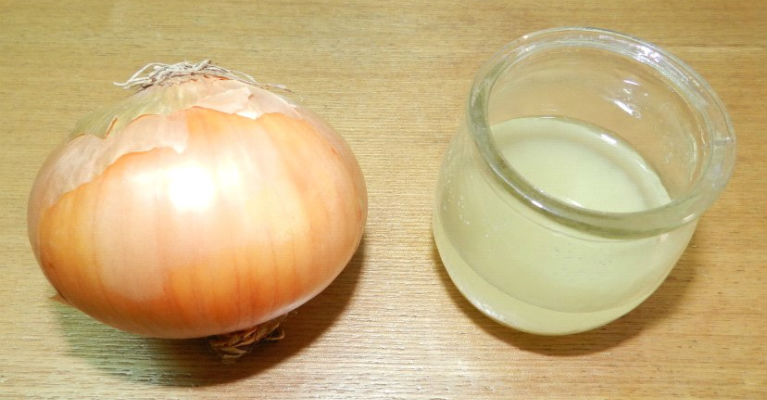 3 Powerful Remedies for Hair Growth - Onion Juice