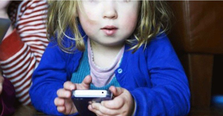 11 Reasons Why Handheld Devices Should Be Banned for Children under the Age of 12