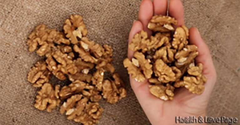 Eat 5 Walnuts Then Wait 4 Hours This Is What Will Happen To You!