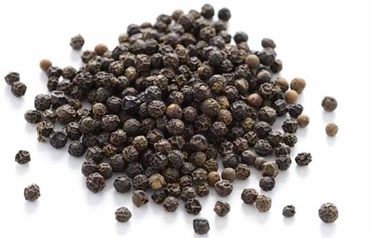 Black Pepper Essential Oil: Gets Rid of Anxiety, Cigarette Cravings and Arthritis