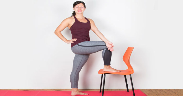 Relieve Sciatica Pain in Less Than 16 Minutes With These Yoga Poses